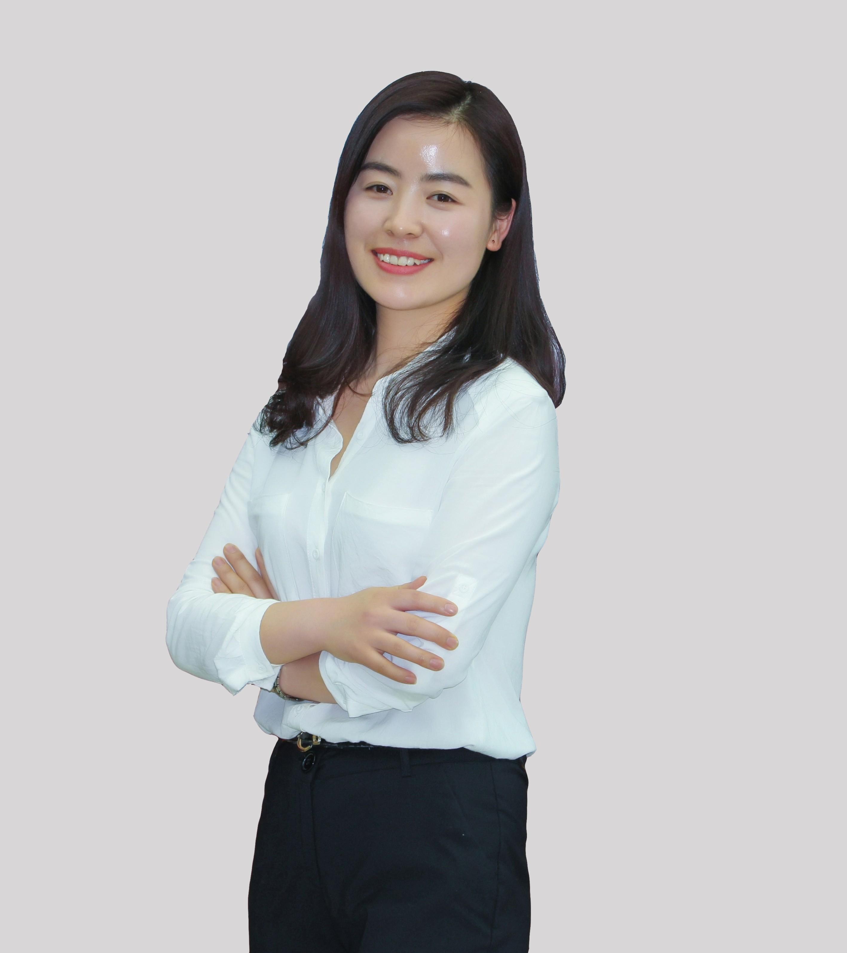 李乔娜律师